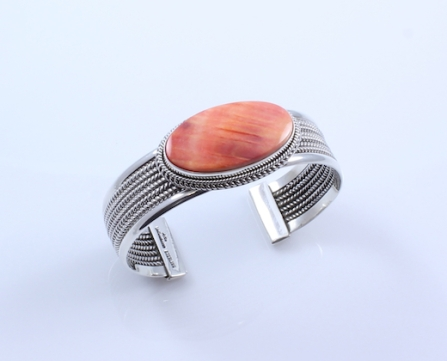 Spiny Oyster Cuff Bracelet_Yellowhorse